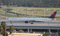 N581NW @ MCO - Delta 757-300