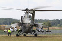 0981 - Rear view of this mi-24 a few seconds before cutting off the engines... Saint Dizier 2011 - by olivier Cortot