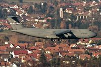 85-0008 @ ETAR - on final RW08 - by Friedrich Becker