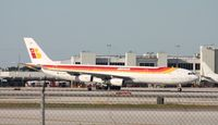 EC-IDF @ MIA - Iberia A340