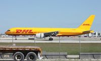 HP-1810DAE @ MIA - DHL Aero Expresso 757