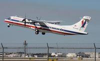 N448AM @ MIA - Eagle ATR 72