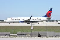 N3771K @ MIA - Delta 737 - by Florida Metal