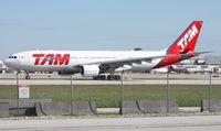 PT-MVU @ MIA - TAM A330