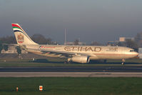 A6-EYI @ EGCC - Etihad - by Chris Hall