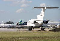 N400RG @ OPF - Private 727-100