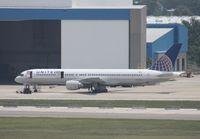 N547UA @ TPA - United 757
