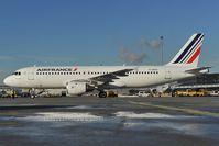 F-GFKV @ LOWW - Air France Airbus 320
