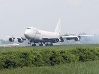 4X-AXK @ AMS - Landing on runway R18 of Amsterdam Airport - by Willem Goebel