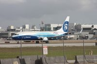 N512AS @ MIA - Alaska Boeing colors departing Runway 27