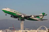 B-16406 @ LAX - Eva Air Cargo B-16406 (FLT EVA605) climbing out from RWY 25L en route to Anchorage Int'l (PANC). - by Dean Heald