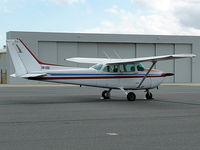 VH-ESO @ YMEN - Cessna 172 at Essendon airport.
