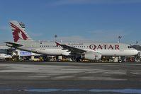 A7-AHH @ LOWW - Qatar Airways Airbus A320 - by Dietmar Schreiber - VAP