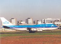 PH-BUL @ EHAM - KLM  B747-206B SUD (Stretched Upper Deck) - by Henk Geerlings