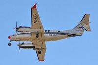 EC-KJQ @ GCTS - 1999 Raytheon Aircraft Co B300 Super King Air 350, c/n: FL-255 on finals to Teneife South