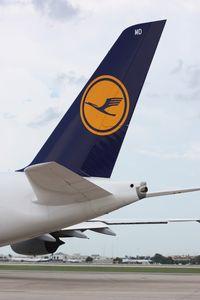 D-AIMD @ MCO - Lufthansa A380 tall tail