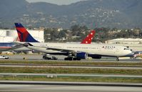 N857NW @ KLAX - Taxiing to gate