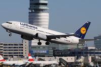 D-ABEM @ VIE - Lufthansa - by Chris Jilli