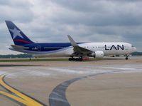 CC-CEB @ ATL - LAN airlines Boeing 767-300 - by dexter greene