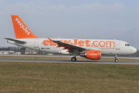G-EZBW @ LOWS - Easyjet Airbus 319