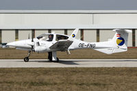 OE-FNG @ LOAN - used by Diamond Aircraft