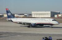 N136HQ @ DTW - US Airways E175