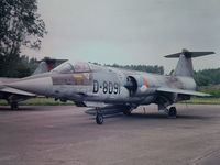 D-8091 @ UNKN - Photograph by Edwin van Opstal with permission. Scanned from a color slide.