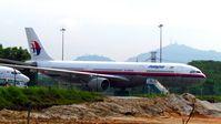 9M-MKF @ SZB - Malaysia Airlines - by tukun59@AbahAtok