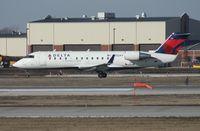 N812AY @ DTW - Pinnacle CRJ-200
