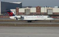 N8560F @ DTW - Pinnacle CRJ-200