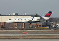 N8698A @ DTW - Pinnacle CRJ-200