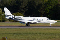 N928JA @ ORF - EJM928 rolling out on RWY 23 after arrival from Westchester County Airport (KHPN). - by Dean Heald