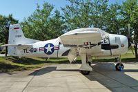 N3313G @ 7FL6 - At Spruce Creek Airpark , Florida
