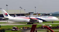 9M-MTD @ KUL - Malaysia Airlines - by tukun59@AbahAtok