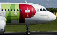 CS-TTF @ ELLX - taxying to the active - by Friedrich Becker