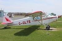 C-GLTE - Parked - by micka2b