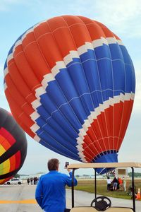 N6343T @ LAL - The wind was too strong to allow the full inflation and mass take-off of the balloons at 2012 Sun n Fun