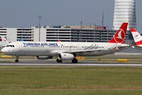 TC-JRP @ VIE - Turkish Airlines