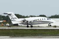 N143SL @ ISM - At Kissimmee Gateway