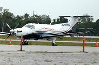 N242NG @ ISM - At Kissimmee Gateway