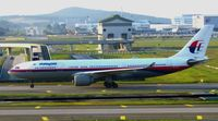 9M-MKW @ KUL - Malaysia Airlines - by tukun59@AbahAtok