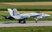 J-5008 @ LSMP - decelerating after touchdown