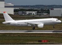 F-WWIQ @ LFBO - C/n 5098 - First A320 with sharklet but temporarly replaced by winglets - by Shunn311