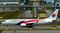 9M-MLJ @ KUL - Malaysia Airlines - by tukun59@AbahAtok