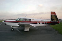 G-BYEE photo, click to enlarge