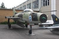 MG-77 @ EFHK - Preserved. - by HowardJCurtis