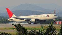 JA610J @ KUL - Japan Airlines - by tukun59@AbahAtok