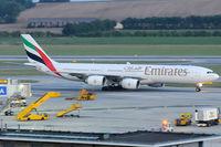 A6-ERA @ VIE - Emirates - by Chris Jilli