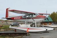 N1950U @ LHD - Cessna 185