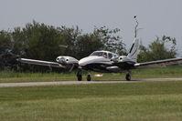 OE-FMW @ LOAU - Piper PA-34
